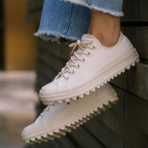 8512f2964 Converse Shoes | Chuck Taylor All Star Lift Ripple Natural | Poshmark